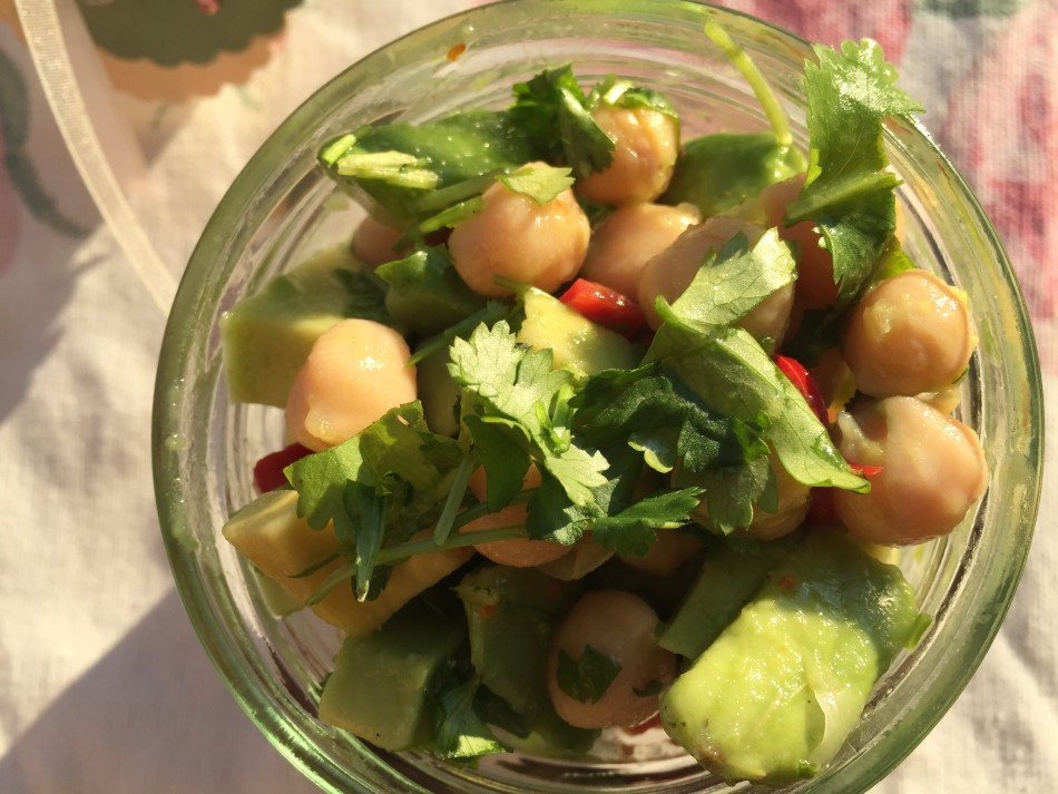 kichererbsen_avocado_salat